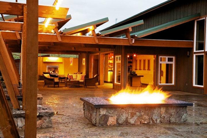 Ardiri Tasting Room (Fire Pit)