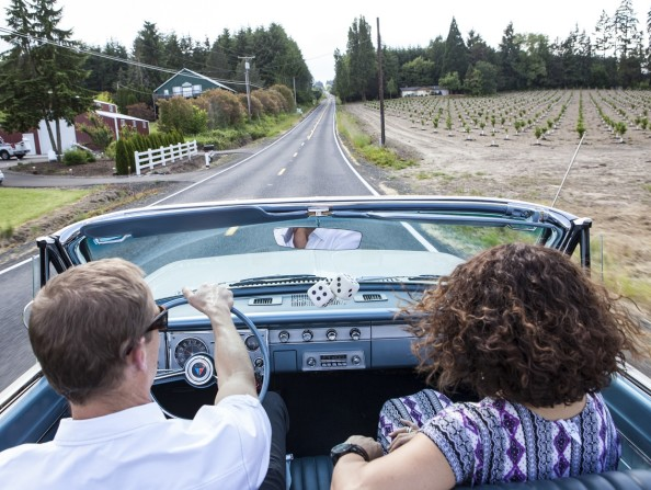 Driving the Vineyard and Valley Scenic Tour Route in Tualatin Valley in Oregon