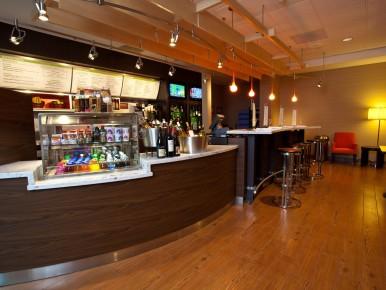 S-bar Courtyard by Marriott Tigard
