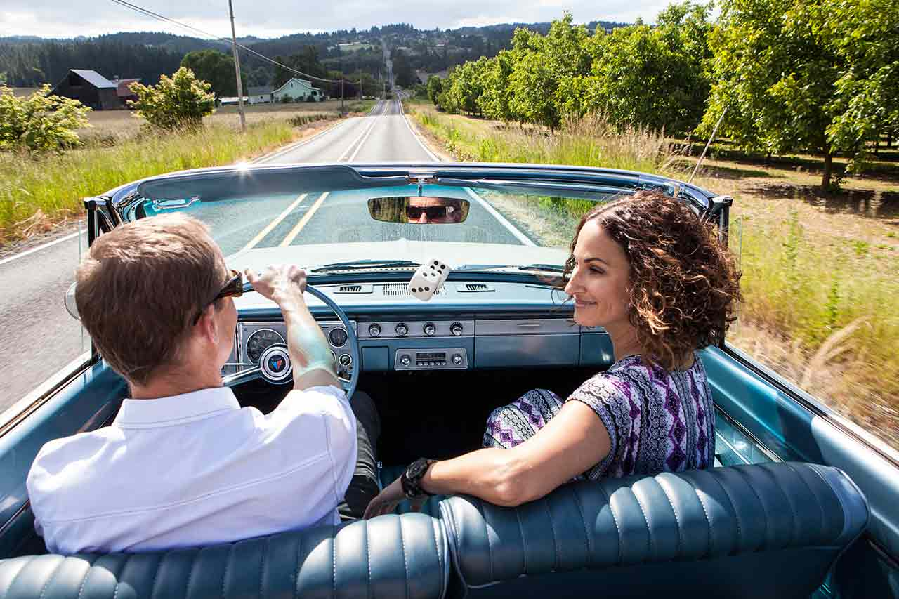 Driving a Scenic Tour Route in Oregon's Tualatin Valley
