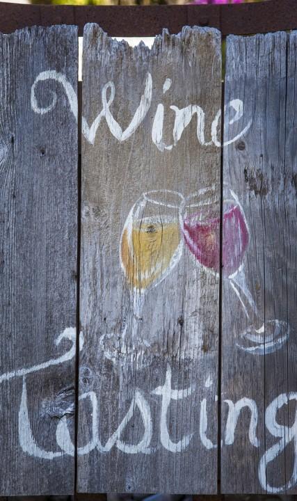 Wine tasting sign at Plum Hill Vineyards in Gaston, Oregon