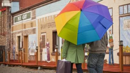 Shopping in Beaverton in Oregon's Tualatin Valley