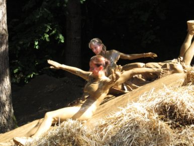 Warrior Dash sporting event in Oregon's Tualatin Valley