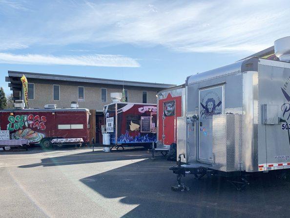 Food carts at Western avenue pod in Beaverton CW